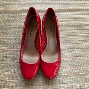 Madden Girl Heels size 8,5
